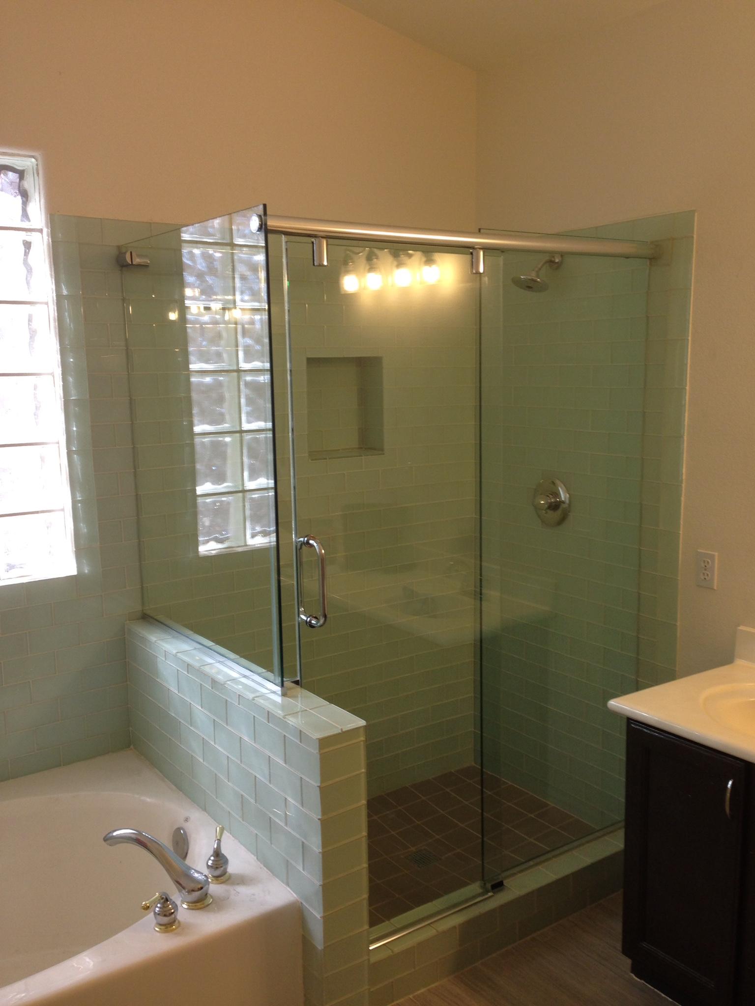 frameless-slider-glass-tiles-2